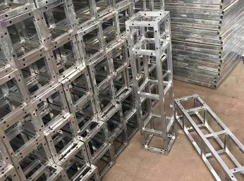 出售舞台桁架
